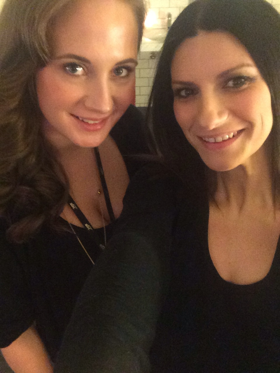 With Laura Pausini before her concert