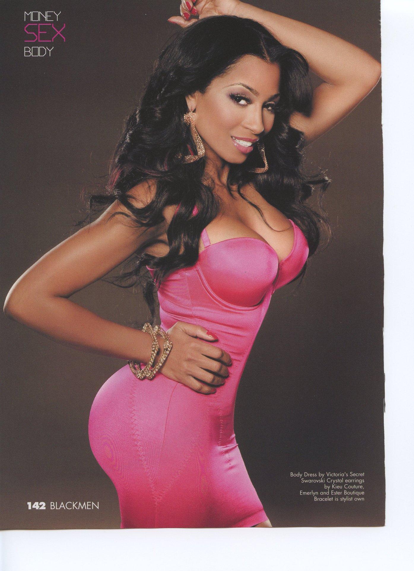 karli in pink dress001